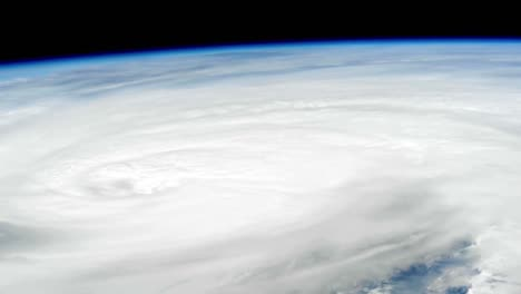 A-Massive-Storm-Hurricane-Matthew-Forms-As-Seen-From-The-International-Space-Station-2