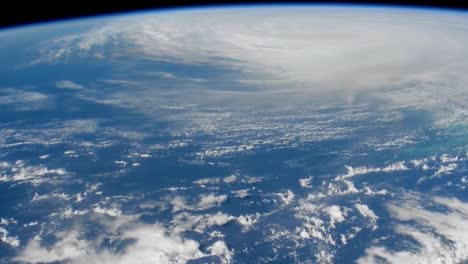 A-Massive-Storm-Hurricane-Matthew-Forms-As-Seen-From-The-International-Space-Station-5