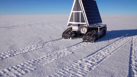 A-Solar-Powered-Rover-Moves-Across-Greenland-Supervised-By-Nasa-Researchers