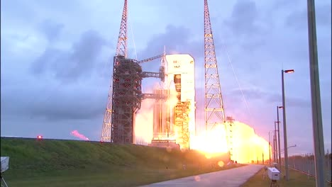 The-Launch-Of-The-Nasa-Orion-Spacecraft