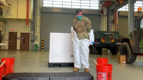 Us-Army-Personnel-Practice-Safe-Removal-Of-Protective-Wear-During-Covid19-Coronavirus-Outbreak-Epidemic