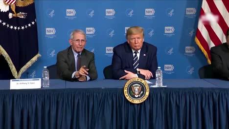 El-Médico-E-Inmunólogo-Estadounidense-De-2020-El-Dr-Anthony-Fauci-Explica-Al-Presidente-Trump-Cómo-Funcionan-Los-Virus-Y-Los-Brotes-Durante-El-Brote-De-Coronavirus-Covid19-Durante-Una-Visita-A-La-Sede-De-Nih-Heq