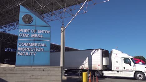 Shipping-And-Trucking-At-The-Us-Mexico-Border-Customs-Area-Increases-During-The-Covid19-Coronavirus-Epidemic-Outbreak-Port-Of-Entry-Commercial-Inspection-Facility