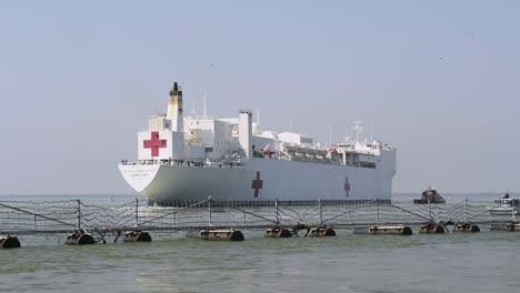 Us-Navy-Hospital-Ship-Comfort-Docked-In-New-York-Harbor-To-Fight-The-Coronavirus-Covid19-Virus-Outbreak-3