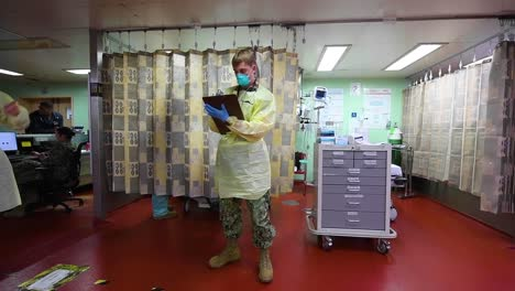 Doctors-And-Nurses-Admit-And-Treat-Patients-During-The-Covid19-Coronavirus-Pandemic-Outbreak-Crisis
