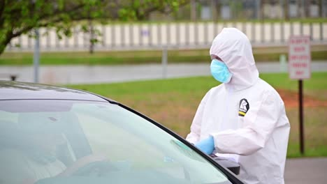Covid19-Coronavirus-Patients-Are-Tested-At-A-Drive-Thru-Clinic-By-National-Guard-Of-Tennessee-1