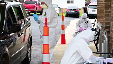 Covid19-Coronavirus-Patients-Are-Tested-At-A-Drive-Thru-Clinic-By-National-Guard-Of-Tennessee-9