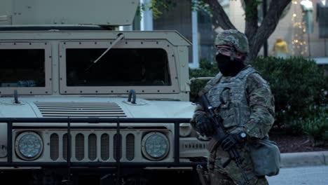 Las-Tropas-De-La-Guardia-Nacional-Supervisan-Los-Disturbios-Civiles-En-Raleigh-Carolina-Del-Norte-Durante-Las-Protestas-De-George-Floyd-Black-Lives-Import-3