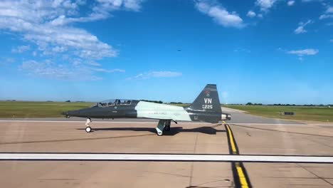 Student-Pilots-Learn-And-Practice-Basic-Maneuvers-In-A-T38-Talon-At-Vance-Air-Force-Base-Oklahoma-3