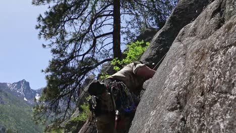 Us-Army-Green-Berets-Conduct-Mountain-Training-Exercises-In-the-Cascades-To-Develop-Alpine-Warfare-Skills-1