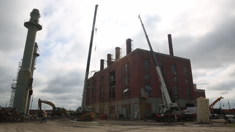 Construction-Workers-Remove-the-Smoke-Stacks-During-the-Historic-Marine-Corp-Camp-Lejeune-Steam-Plant-Demolition