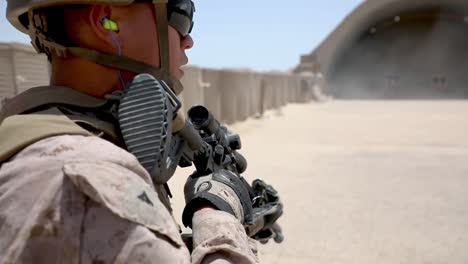 Us-Marines-With-2Nd-Battalion-5th-Marine-Regiment-Train-With-Automatic-Rifles-On-Combat-Marksmanship-Range-In-Kuwait-1