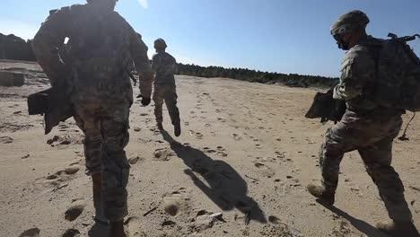 Slow-Motion-Us-Army-Soldiers-Infantry-Leadership-Course-Using-M240B-Machine-Guns-At-Mcguiredixlakehurst-Nj-1