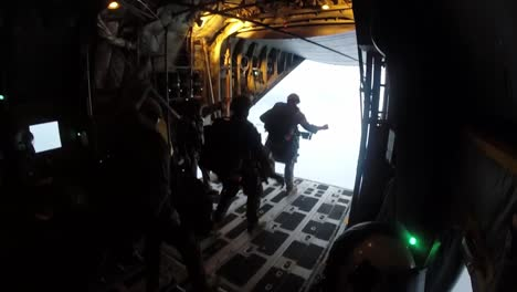 4th-Recon-Battalion-Us-Marines-Airborne-Operations-Include-Halo-High-Altitude-Low-Opening-Jumps-Fort-Mccoy-Wi