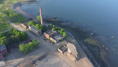 Disturbing-aerial-of-mass-unmarked-graves-in-New-York-on-Hart-Island-of-Covid19-death-victims-1