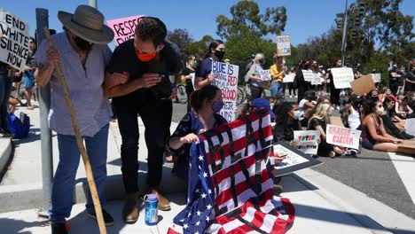 Protesters-Chanting-And-Standing-Off-With-Police-And-National-Guard-During-A-Black-Lives-Matter-Blm-Parade-In-Ventura-California-1