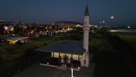 Islamic-Muslim-Mosque-In-Istanbul