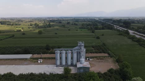 Farm-Wheat-Silo