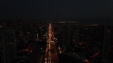 Tráfico-De-Carreteras-Nocturnas-Aéreas