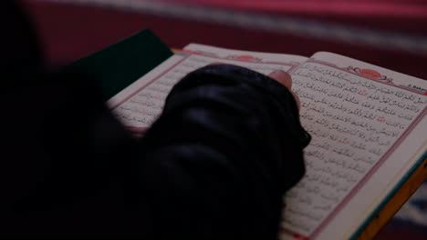 Close-Up-Of-Reading-Muslim-Holy-Book-In-Mosque