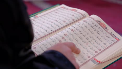 Reading-Quran-In-A-Mosque-2