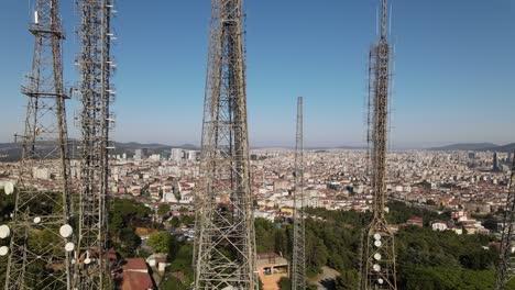 Transmisor-De-Torre-De-Radio-Avión-No-Tripulado-De-Estambul