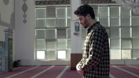 A-Young-Man-Praying-In-A-Mosque