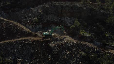 Excavation-Machine-Excavation-Work-In-The-Forest