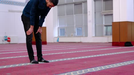 Muslim-Man-Praying-By-Placing-His-Forehead-On-The-Ground