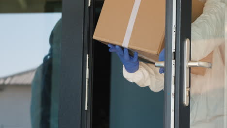 Loading-Boxes-Of-Medicine-At-The-Clinic-Door