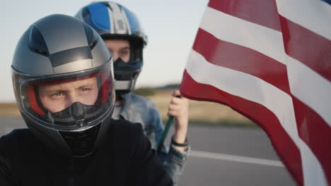 Portraits-of-motorcyclists