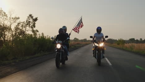 Young-people-travel-on-motorcycles-1