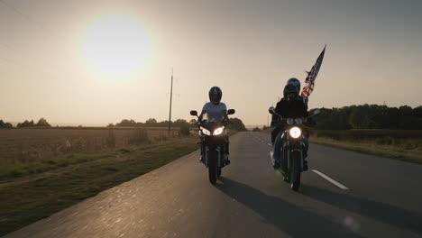 American-bikers-at-sunset