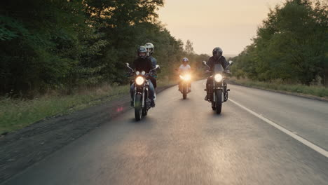 Bikers-ride-motorcycles-with-lights-turned
