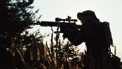 A-solider-aims-his-rifle-1