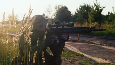 A-solider-aims-his-rifle-2