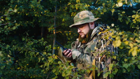 A-soldier-talks-on-the-radio