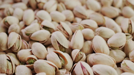 Appetizing-salted-pistachios