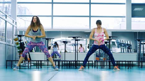 Young-women-do-yoga-in-the-gym