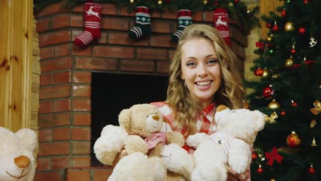 Beautiful-woman-hugs-plush-toys
