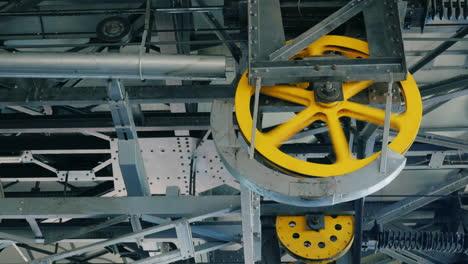 Huge-wheels-of-the-internal-mechanism-of-a-funicular-1