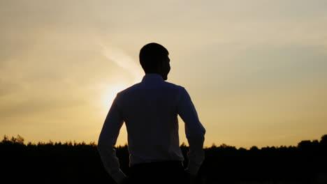 A-confident-businessman-looks-ahead-4