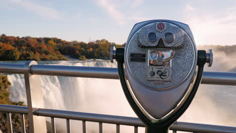 A-Coin-Operated-Binocular-Viewer-Located-In-Niagara-Falls-With-A-View-To-The-Falls-Out-Of-Focus-In-The-Background-1