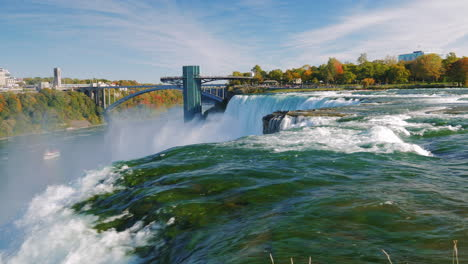 The-Famous-Niagara-Falls-And-Buildings-On-The-American-Shore