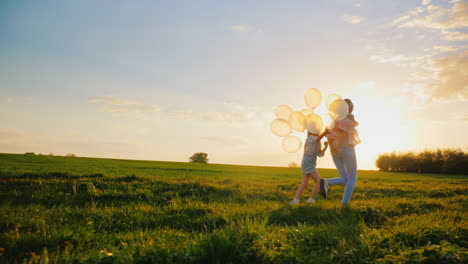 Young-Woman-Having-Fun-With-Daughter-Playing-With-Balloons-1